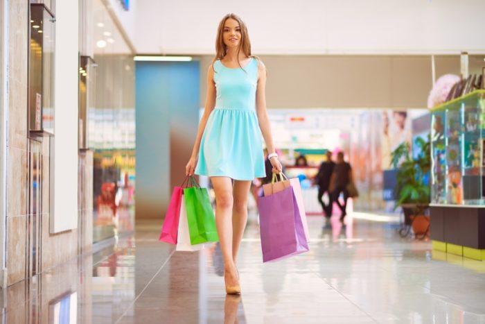 モデル歩きとは?モデル歩きをマスターして美しい女性になろう!   Spica